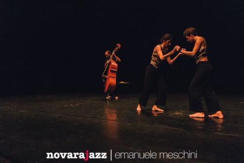 Jazz  Danza - Una crepa nostalgia dell'oro - ph Emanuele Meschini